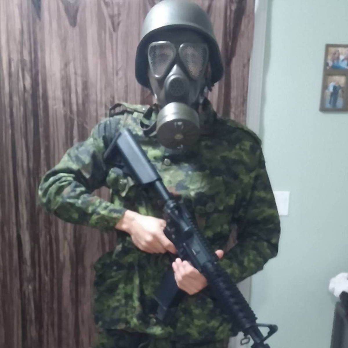 An Airsofter in gear.