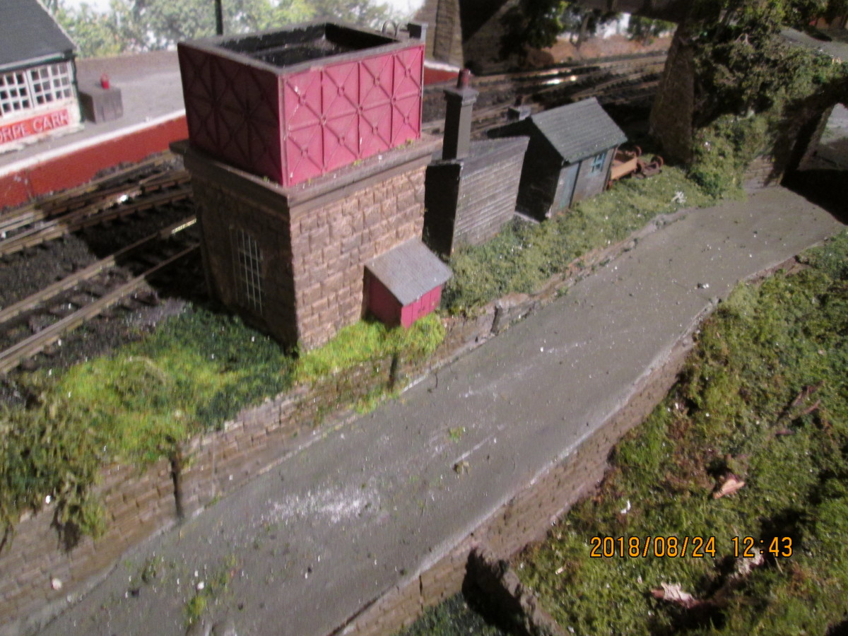 Here's that water tower again (Hornby 'Skaledale' range) rescued from 'Thoraldby'  Several Mikes Models NER water cranes will find their way onto the 'Ainthorpe Junction' layout, one will be fixed on the platform near the occupation bridge