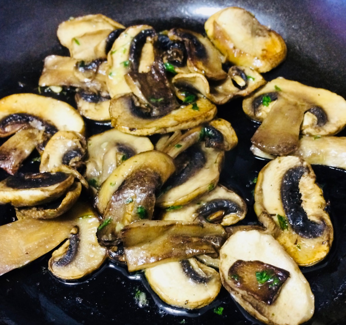 Delicious Mushrooms in Garlic Butter