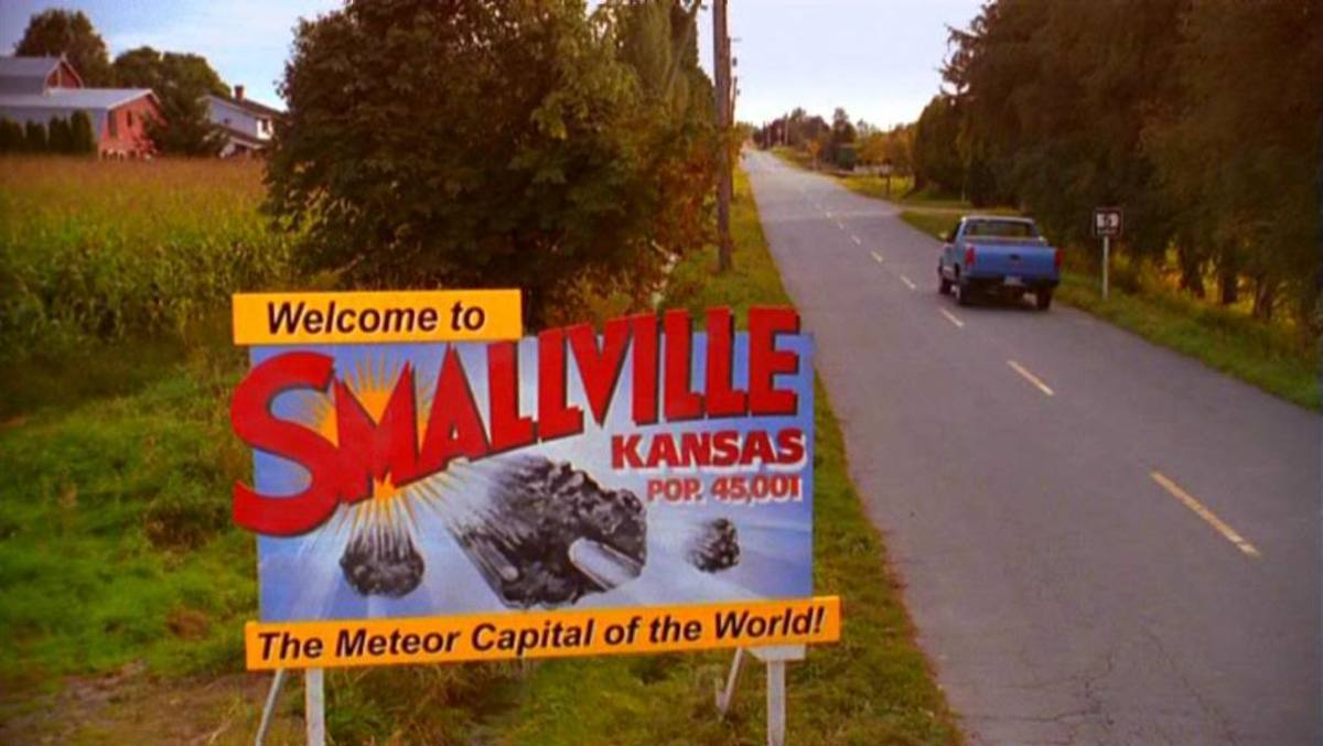 Super-powered beings and beautiful women populate the remote Kansas town of Smallville