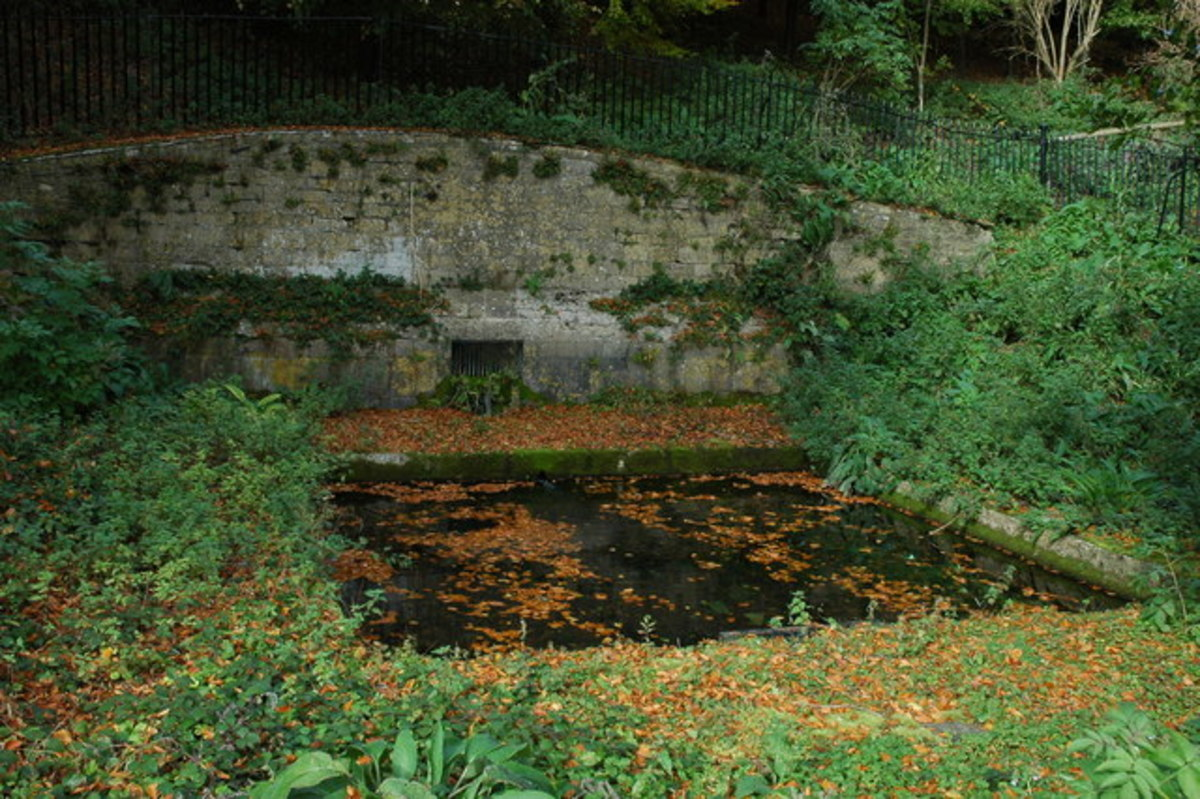Fair Rosamund's Well. All that remains of the old palace of Woodstock which was torn down in 1704 to make way for the building of Blenheim Palace.
