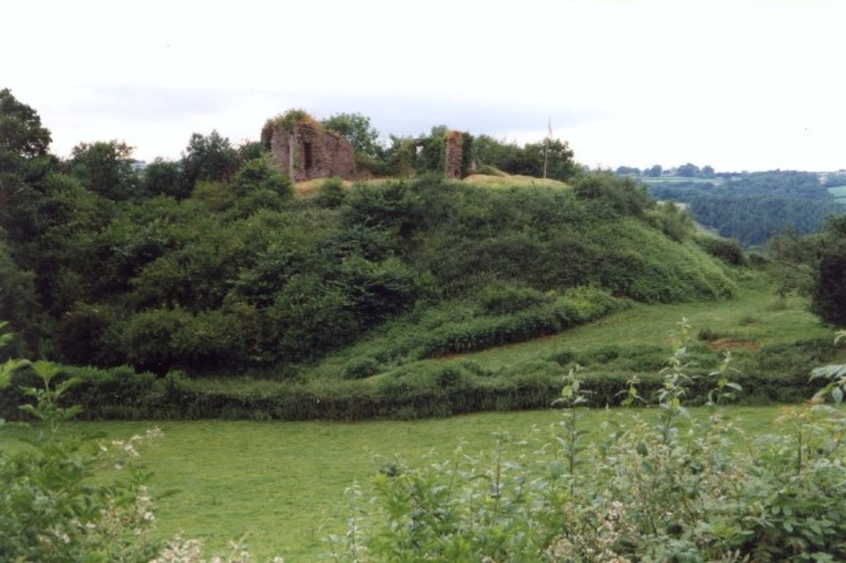 The much-decayed ruins of Rosamund's home, Clifford Castle in the Wye Valley in Herefordshire, England.
