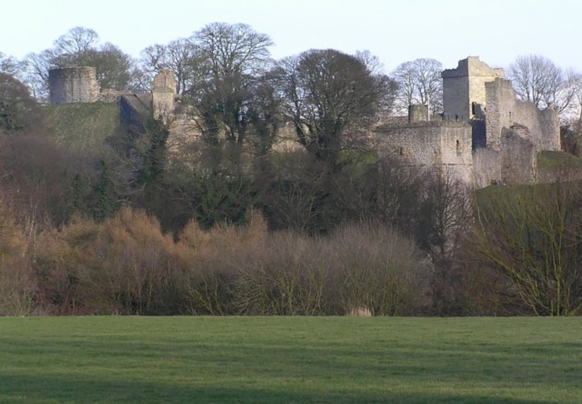 Pickering Castle, North Yorkshire. One of the towers in this castle is called Rosamund's Tower. As it was not built during Henry Ⅱ's reign its name remains a mystery.