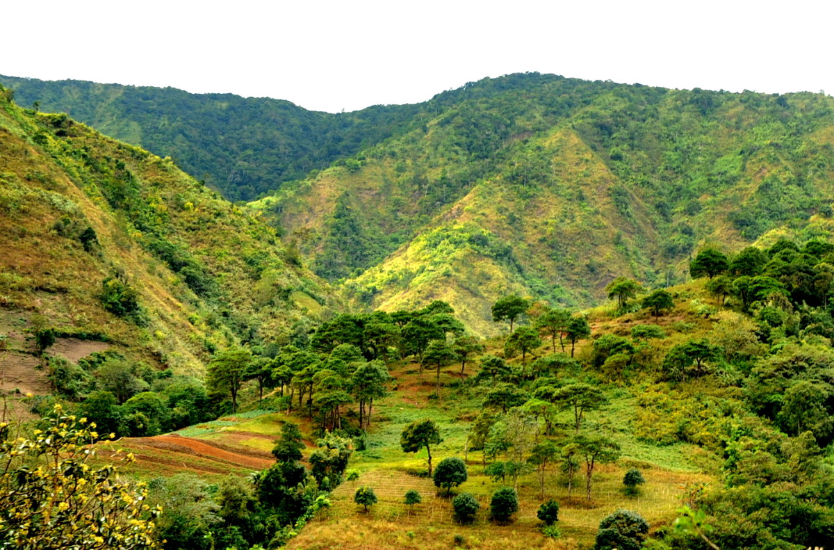 The Caraballo mountain ranges from the province of Nueva Ecija.