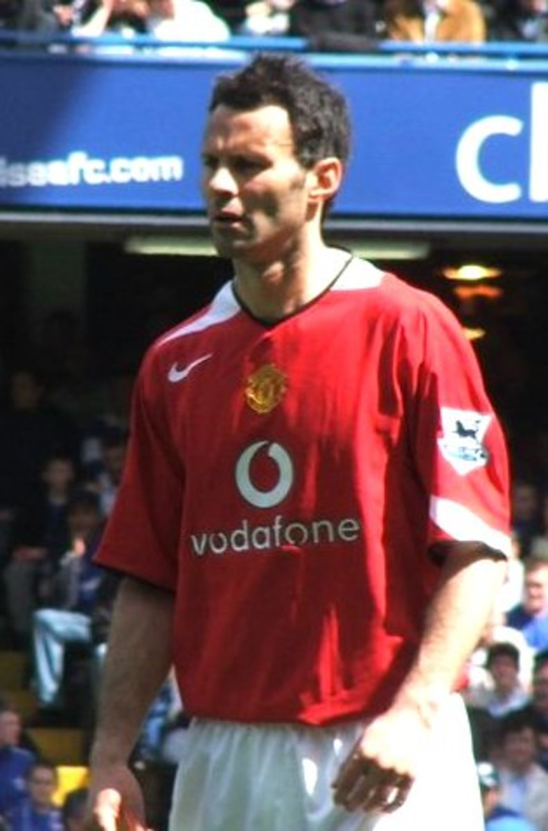 Ryan Giggs-dubbed the new George Best by many captured the young player of the year award in 1993.