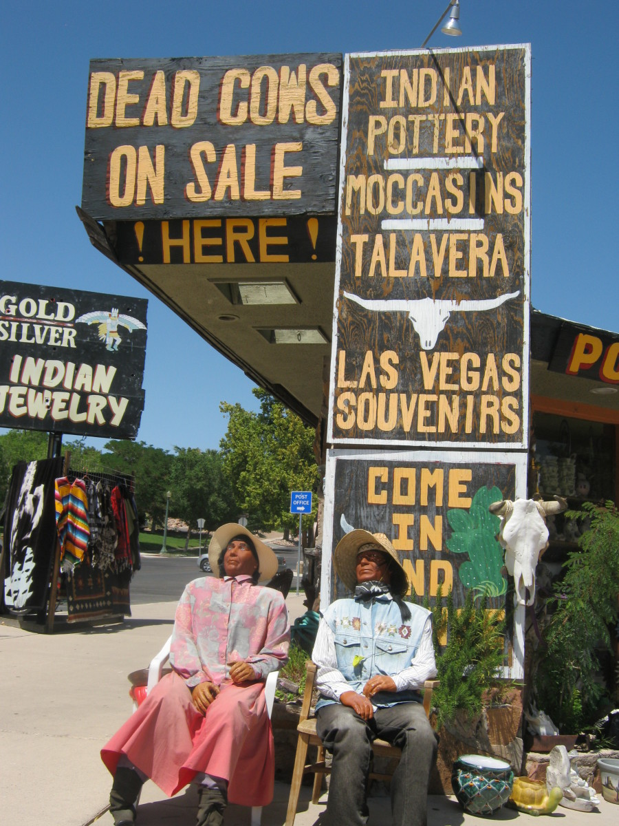 Another closer picture of a cute kitschy tourist shop in Boulder City... a great place to find... dead cows?