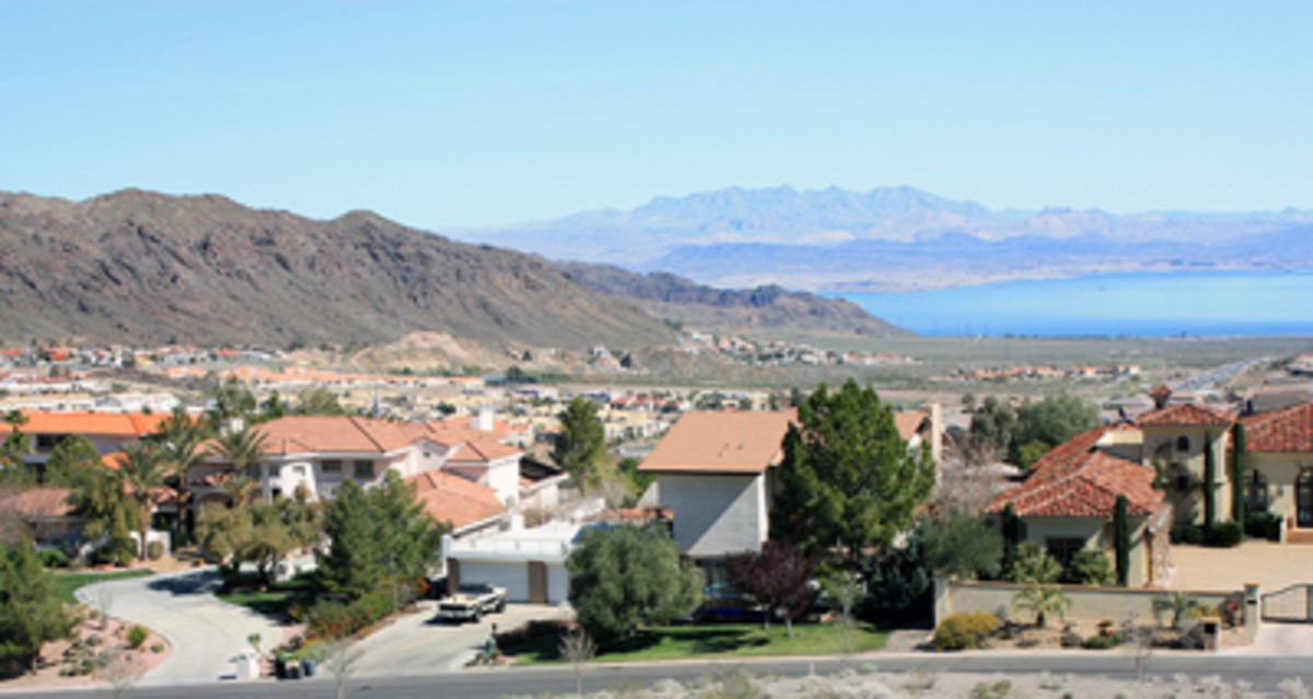 Parts of beautiful Boulder City, Nevada overlook Lake Mead. A VERY quaint and pretty town, we loved the time we spent in Boulder City!