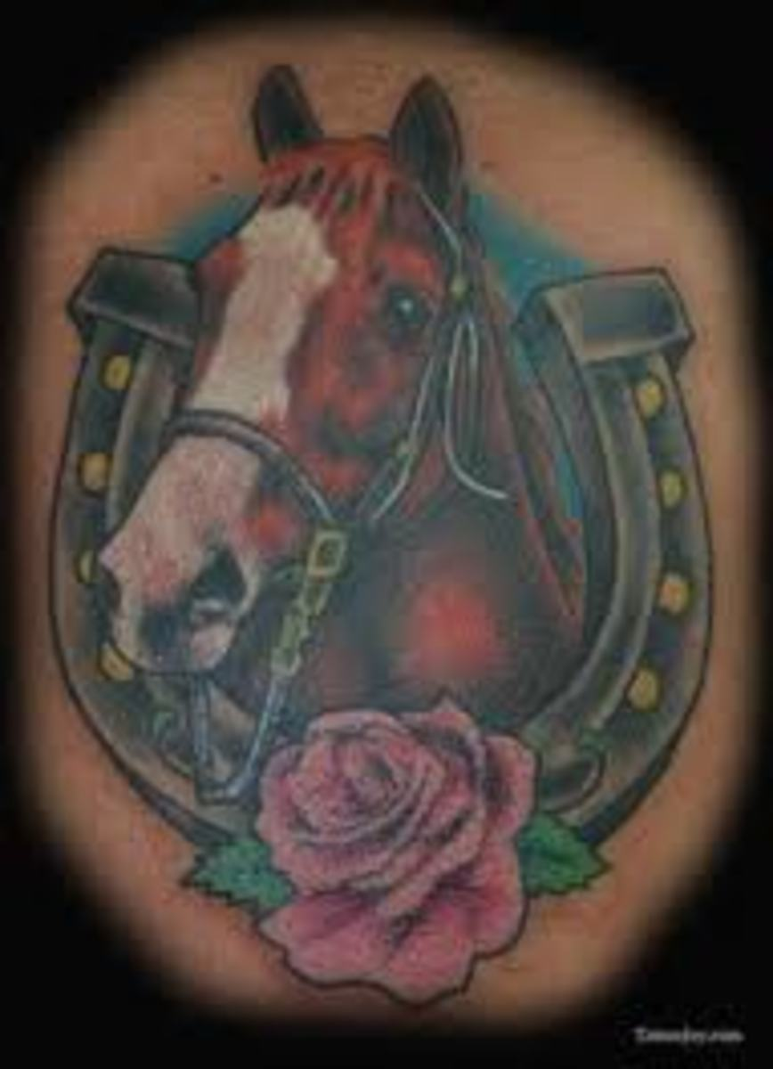 horseshoe-tattoo-designs-ideas-and-meanings-horseshoe-tattoo-pictures