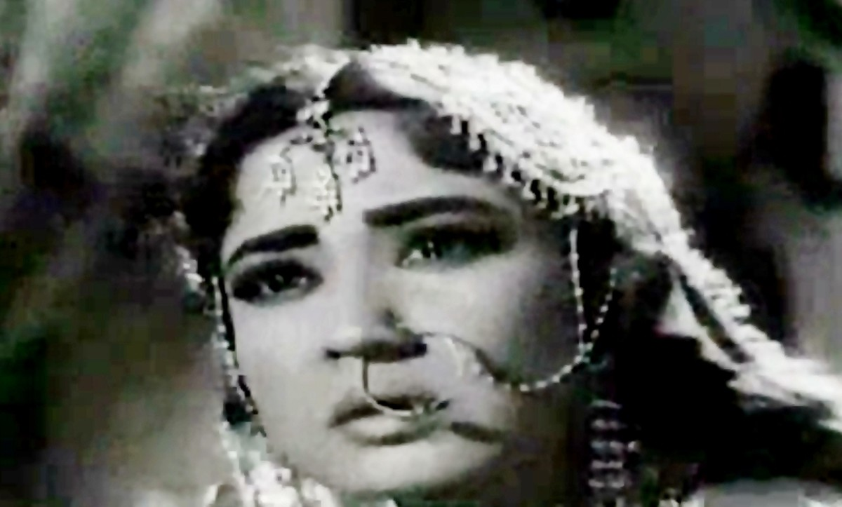 A great ghazal by Rafi, composed by Madan Mohan