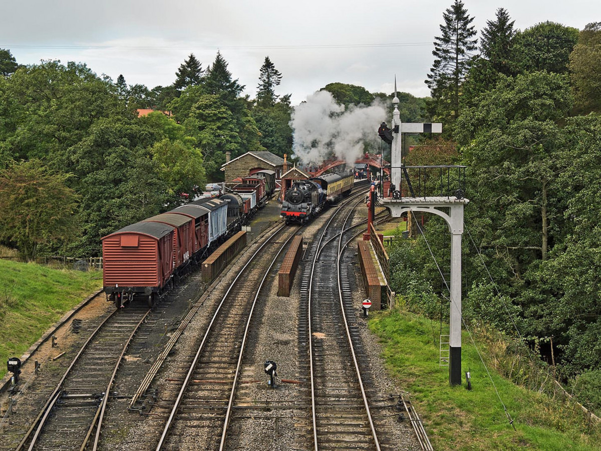 Preserved BR Standard 2-6-4 tank 80136 leaves Goathland for Pickering