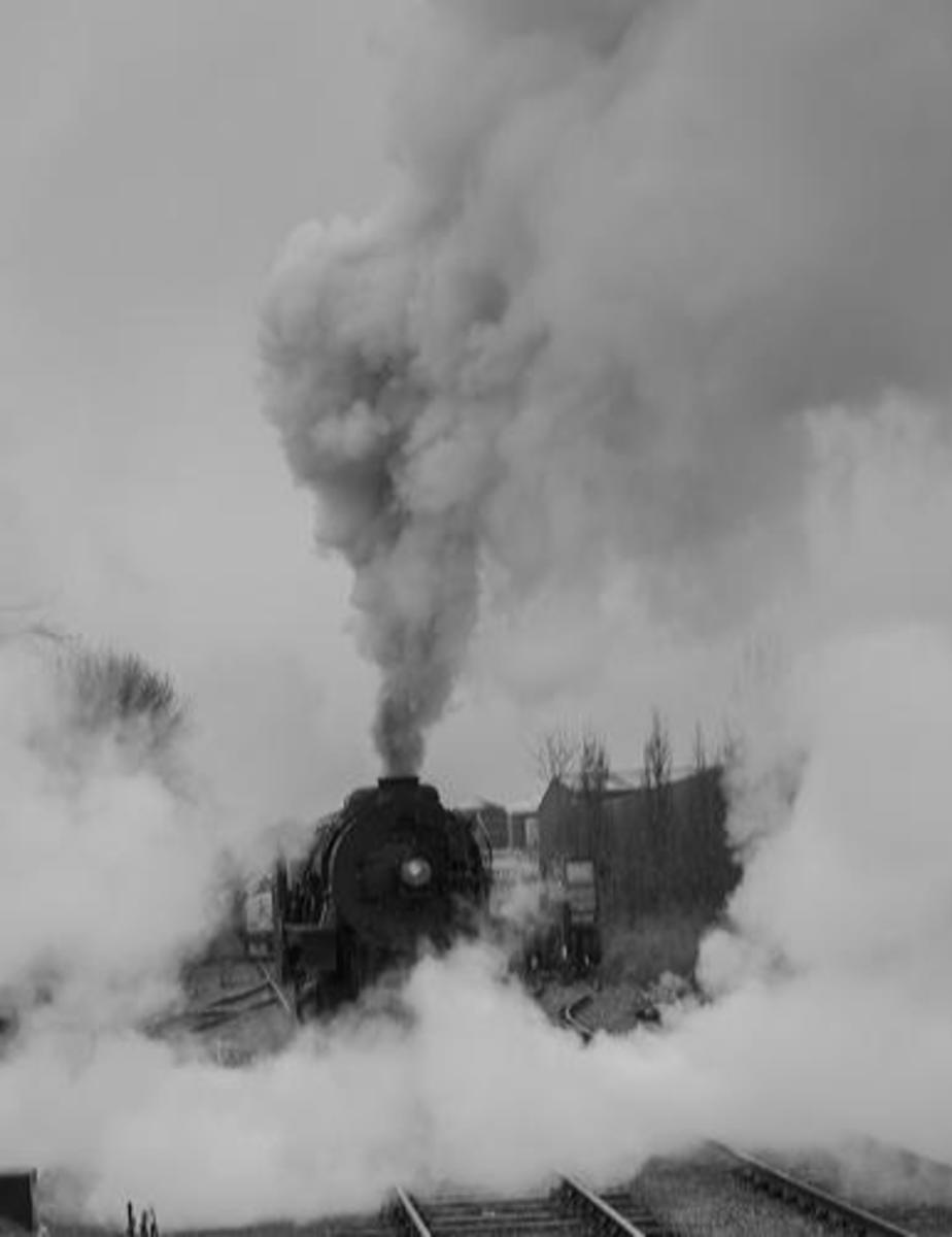 Wreathed in atmospheric smoke, S-160 No. 1225 on the Polar Express bound for the furthest reaches of Wensleydale (Redmire)