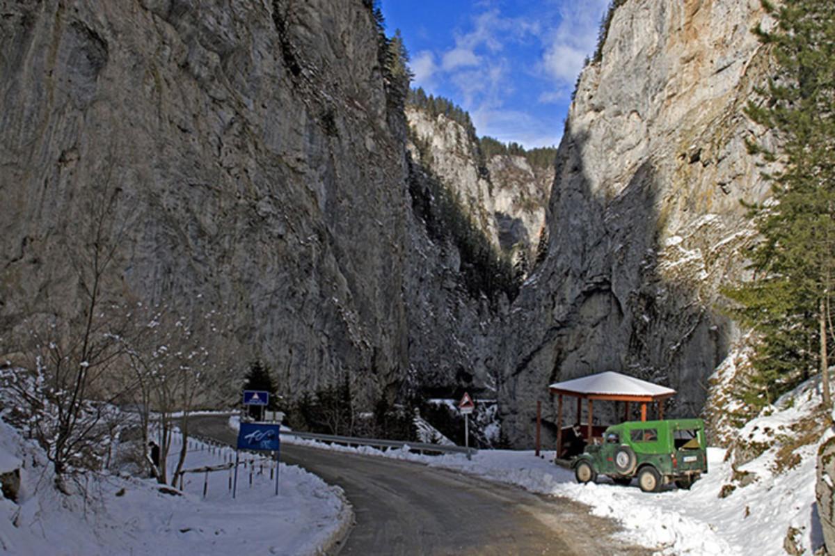 The Trigrad Gorge in winter