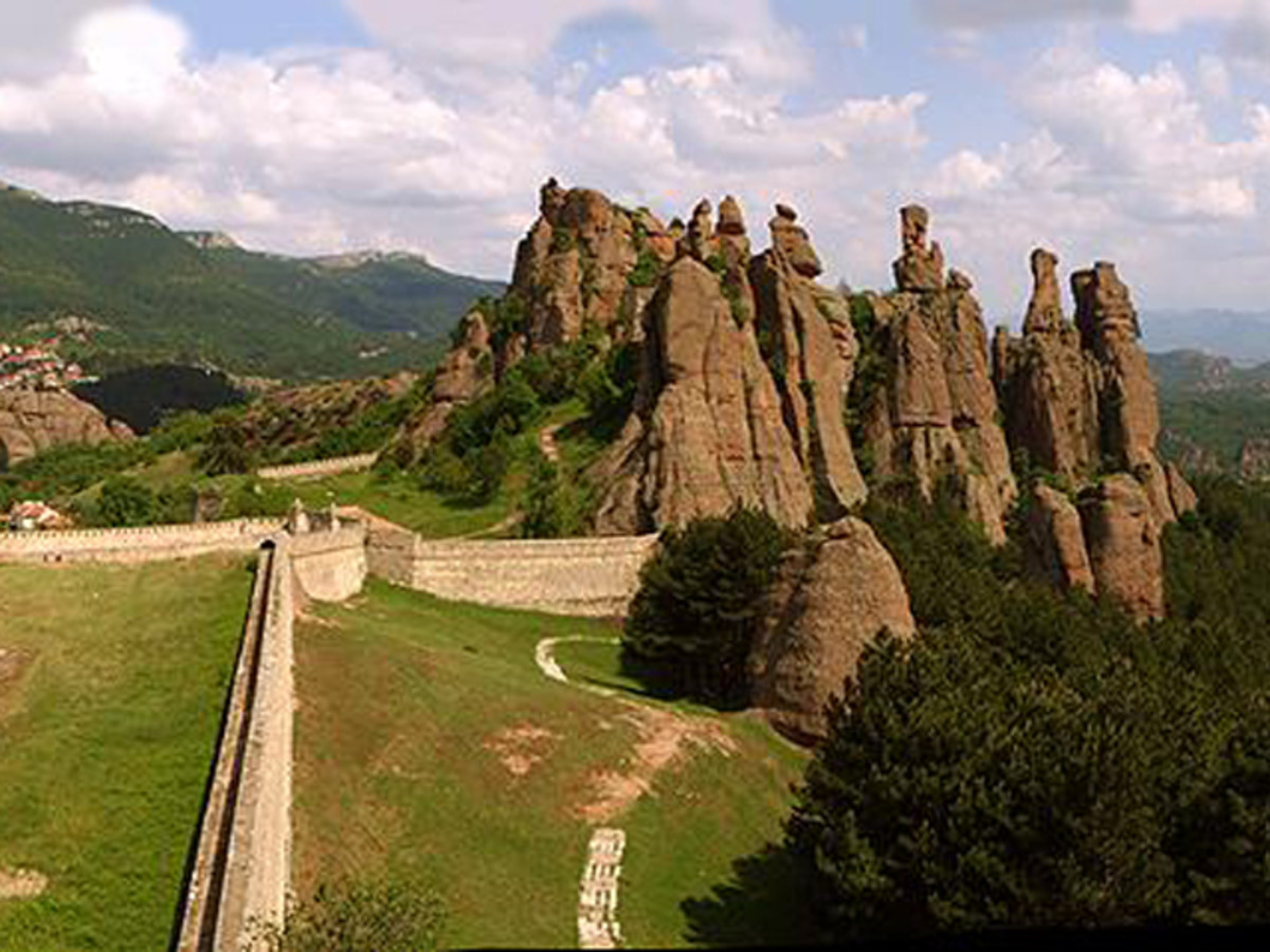 The rock formations along with the Belogradchik Fortress.