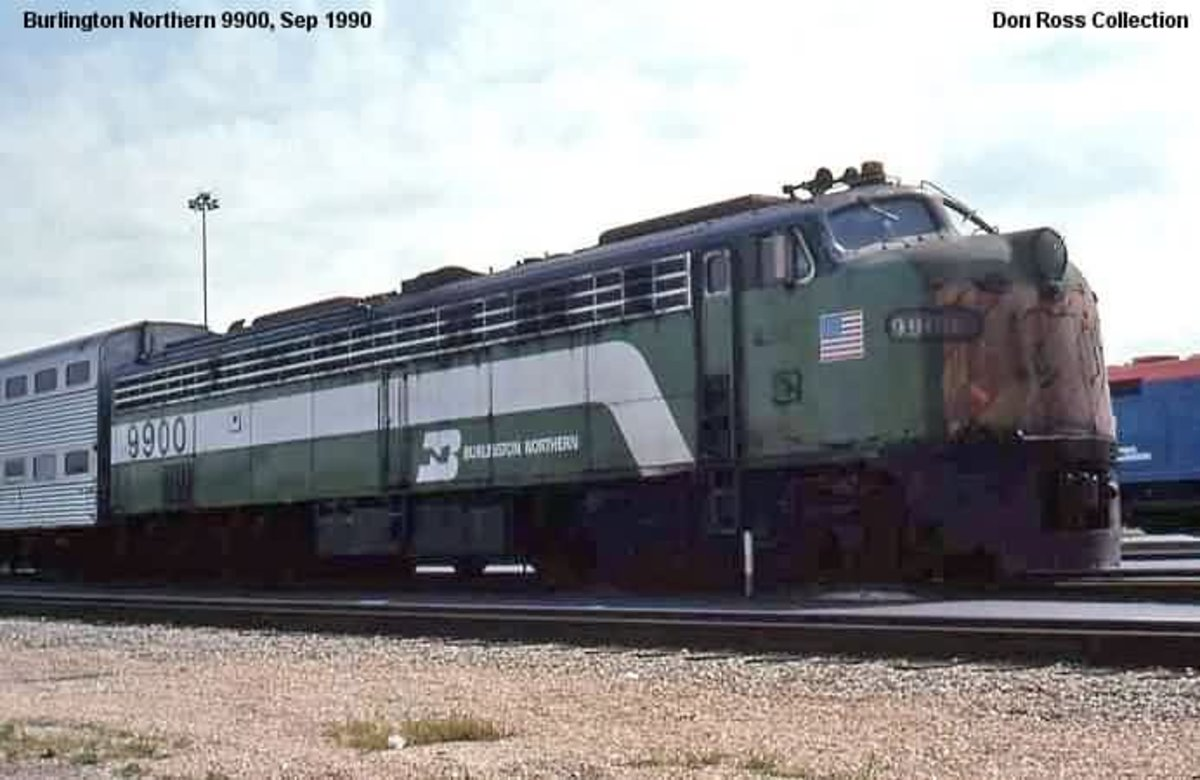 The History of Burlington Northern E's in Commuter Service
