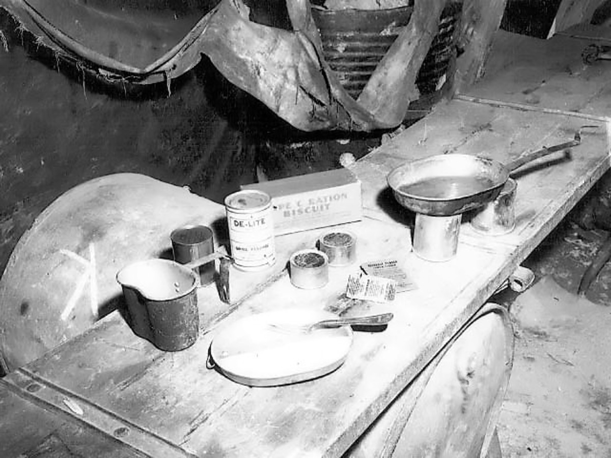 The average food rations of a British soldier serving in the trenches.