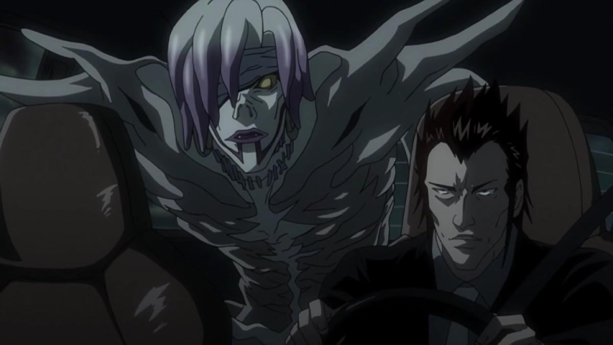 A daring plan sees Misa's shinigami, Rem, aiding the criminal Higuchi.