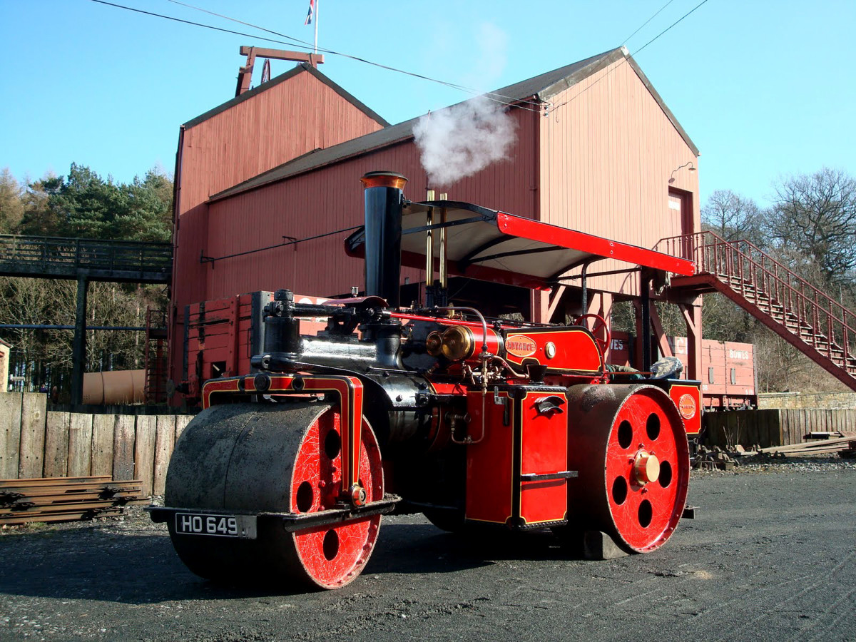 Wallis Advance steam powered road roller, still in use post-WWII for building or relaying roads damaged by bombing