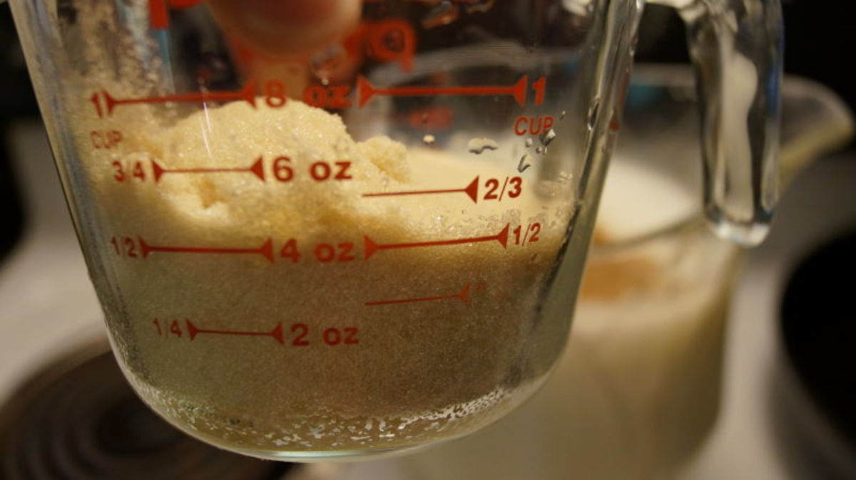 Add 2/3 cup natural sugar and mix.  Put into refrigerator to cool and serve.