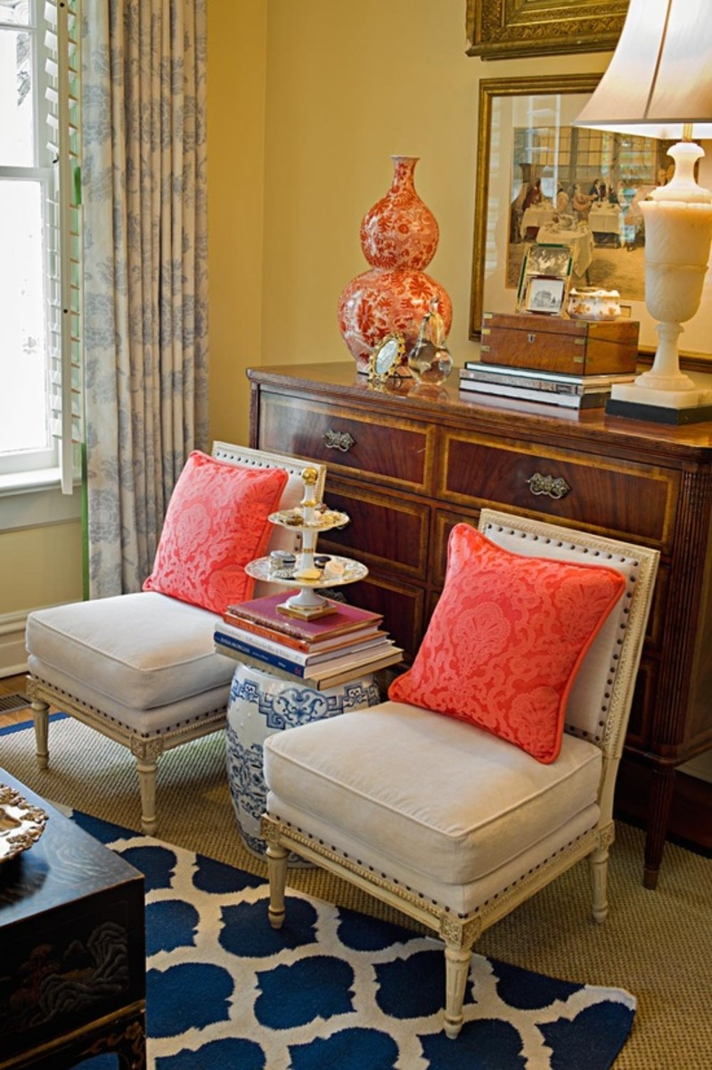 Coral Living Room & Bedroom Color Blends. DIY Decorating Ideas.