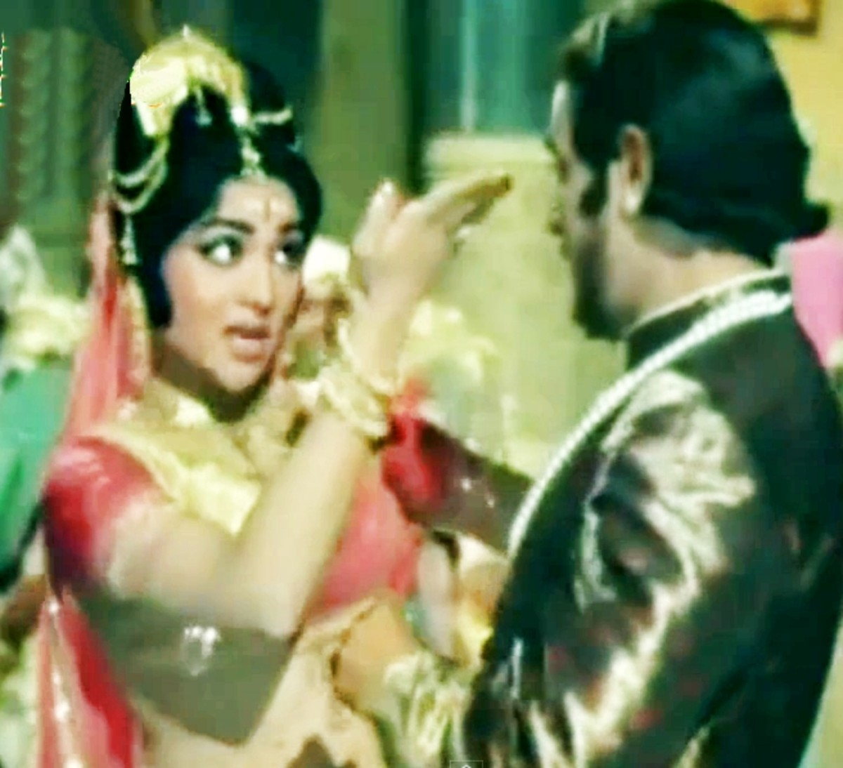 A great dance song by Rafi and Asha