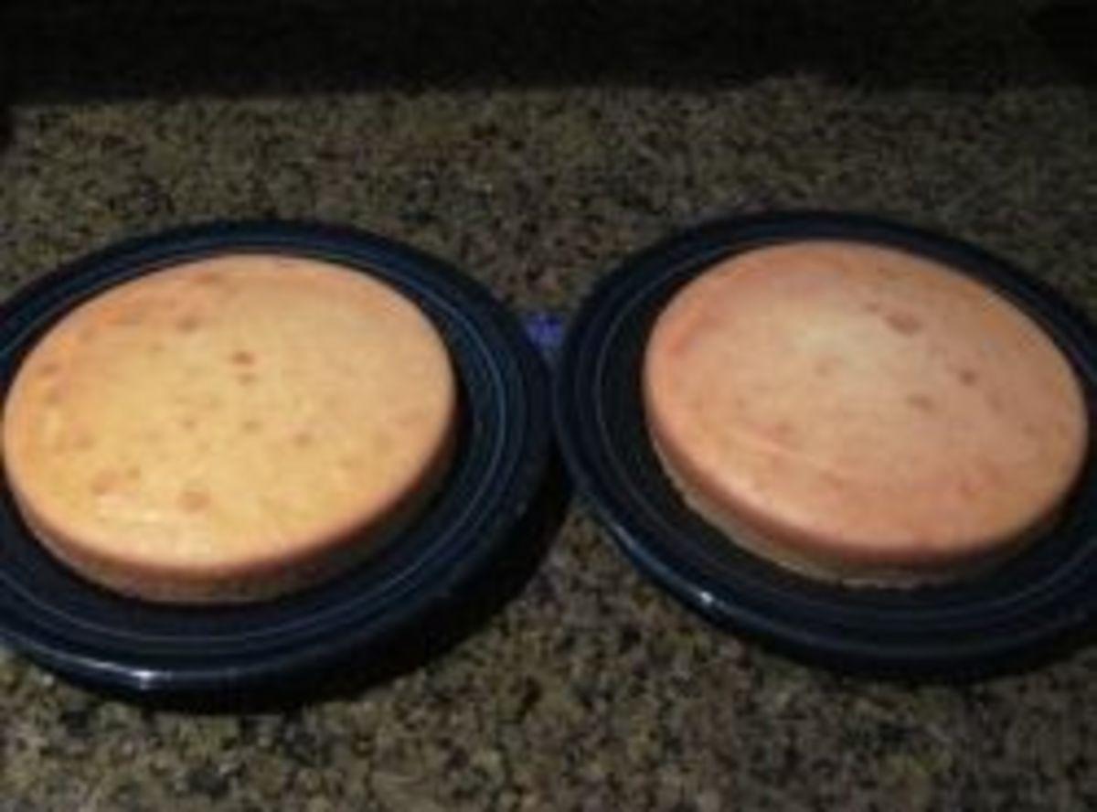 """8"""" round cakes"""