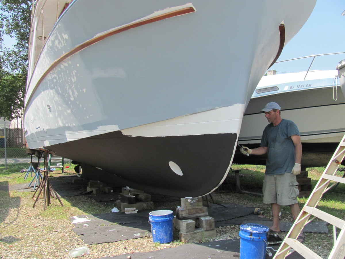 Ablative anti-fouling paint prevents barnacles from attaching to the bottom. Each coat dries quickly, so several coats can be done in a single day.