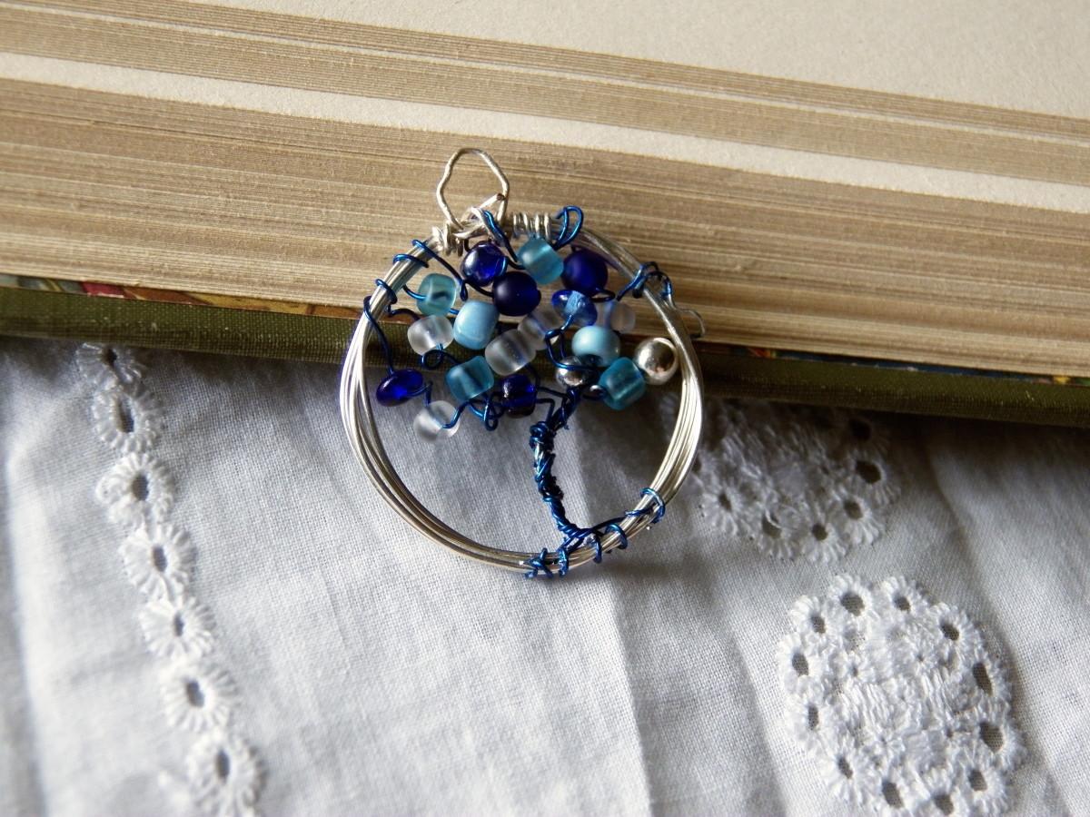 How to Start Making Beaded Jewelry