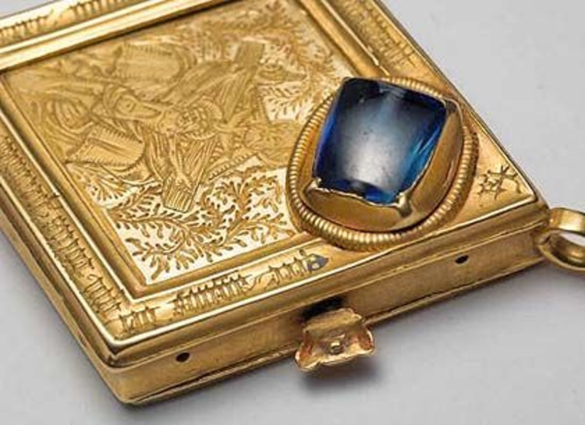 The chunky Middleham Jewel shown here was found by chance on-site in 1985