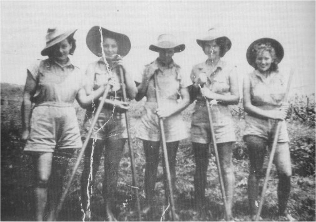Australian Land Girls