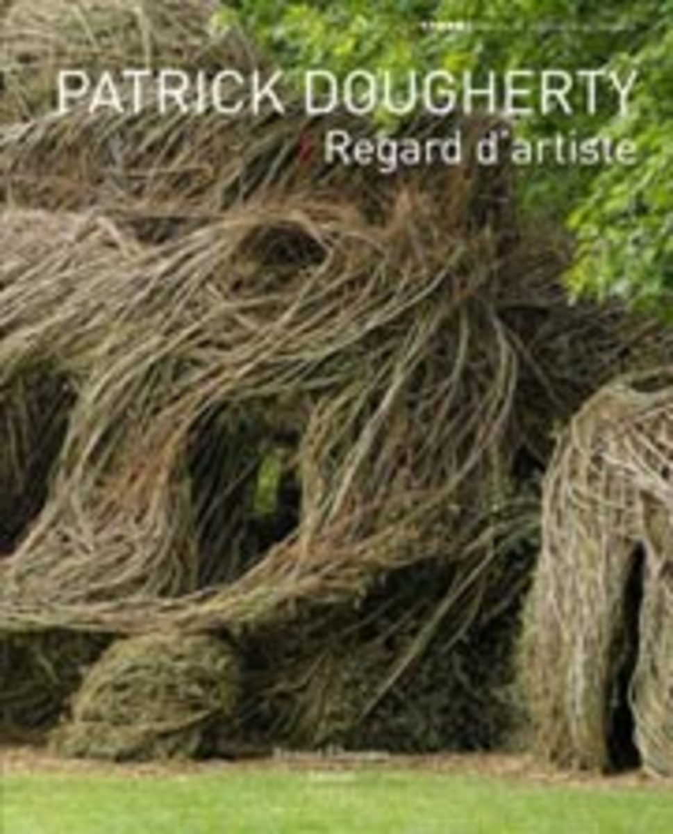 This book, published in France to document Patrick's work there for Domaine de Trevarez (Finistere), is in both French and English with lovely photos of the work Sur Les Pas d'Atlas/In the Footsteps of Atlas, as well as others of Patrick's works. Pub