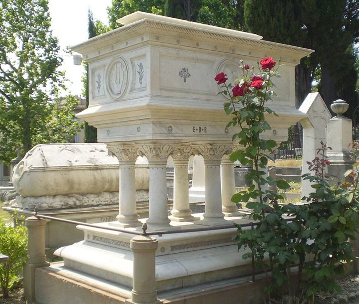 Tomb of Elizabeth Barret Browning in the English Cemetery, Florence, Italy.