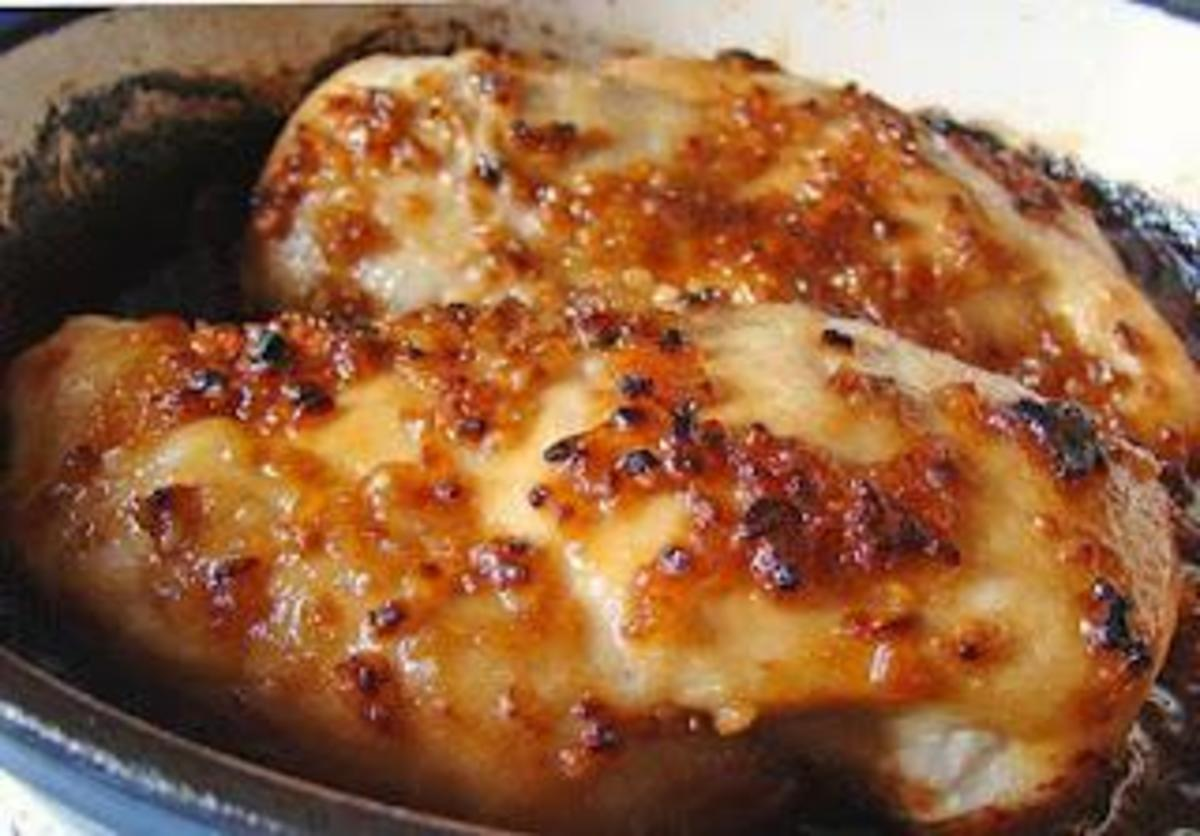 Here is a recipe for delicious easy garlic chicken. This chicken is so delicious.