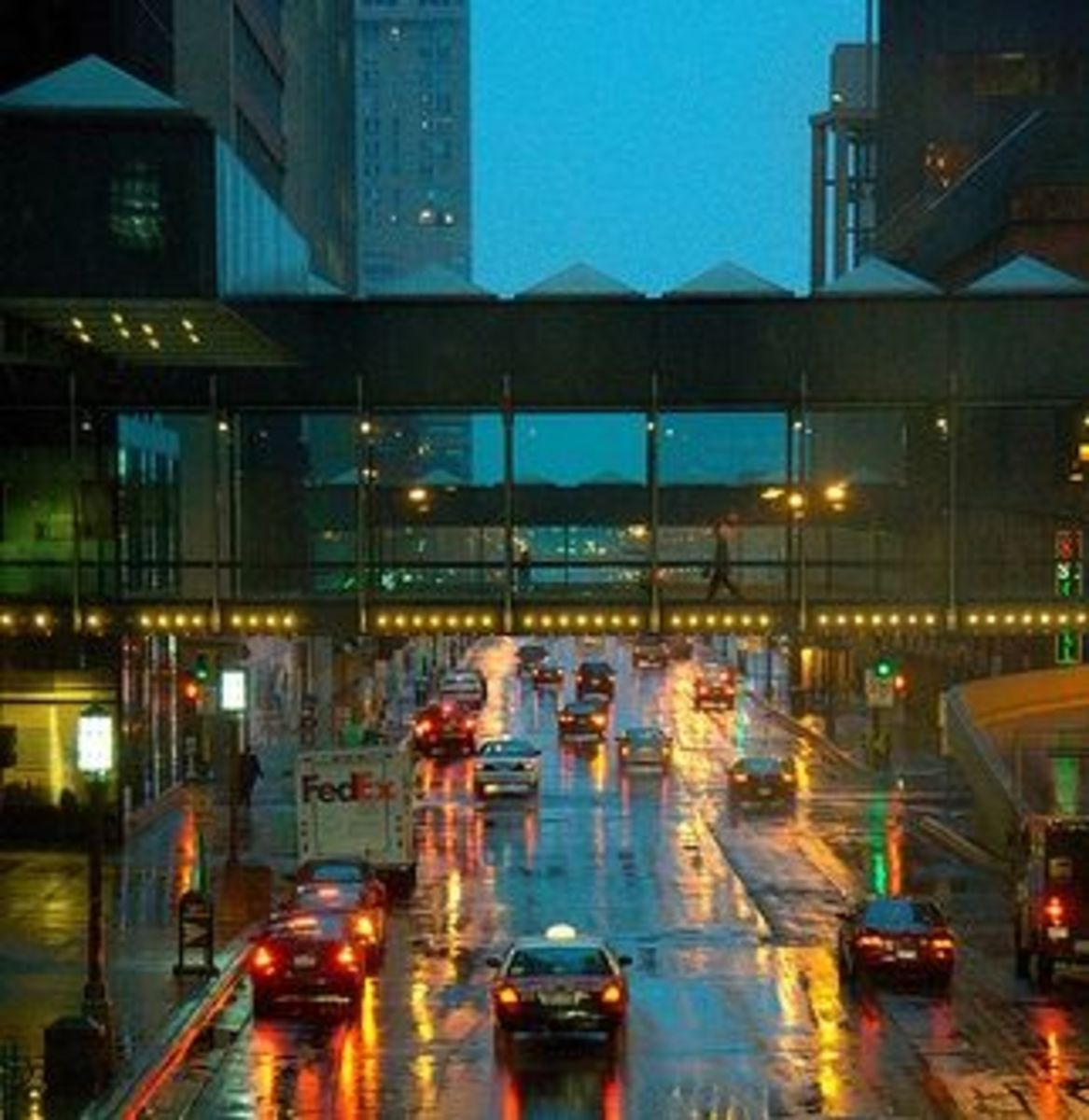 Image credit: http://minnesota-attractions.com/skyway.html