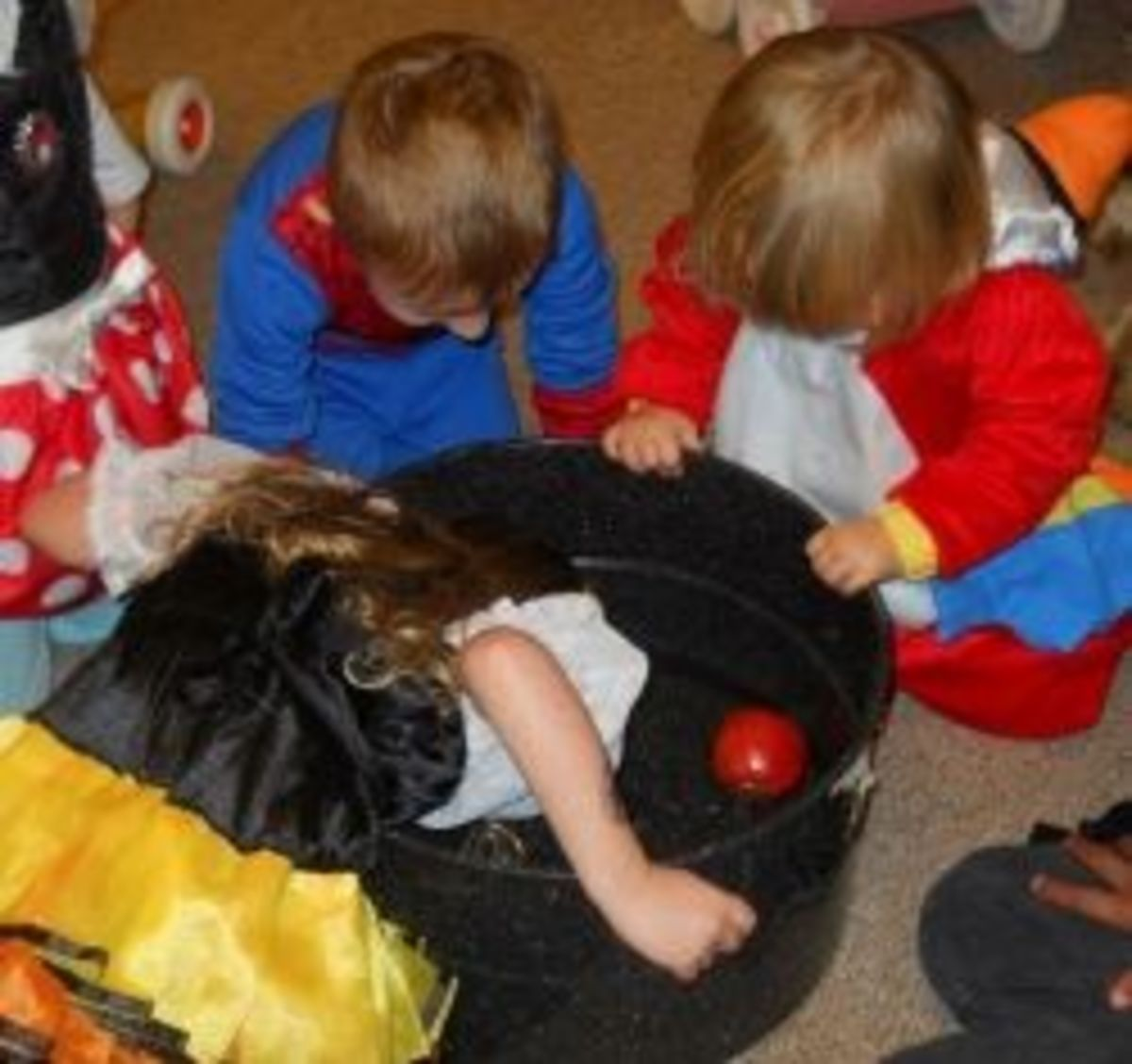 Halloween Game Bobbing For Apples
