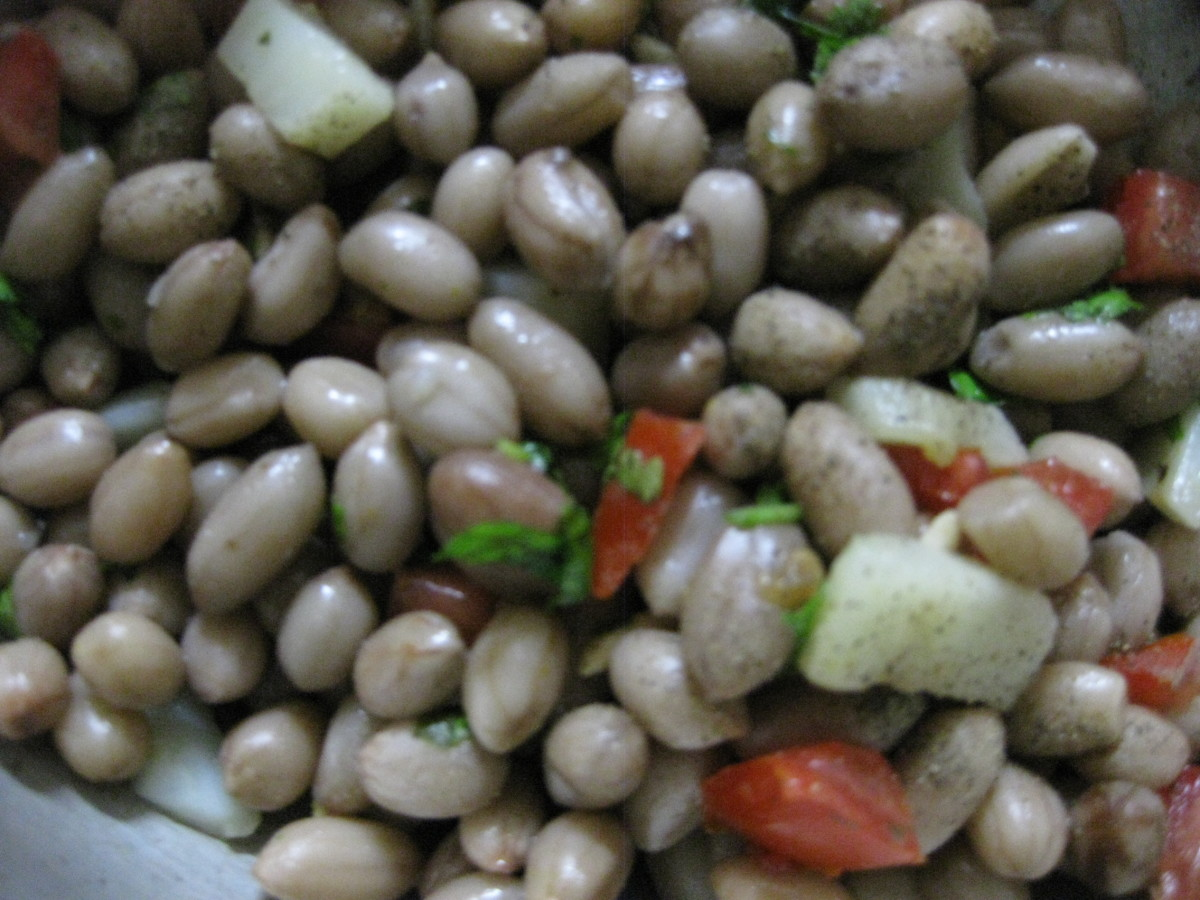 Finally, add salt, chili powder, pepper, chopped vegetables and coriander leaves.