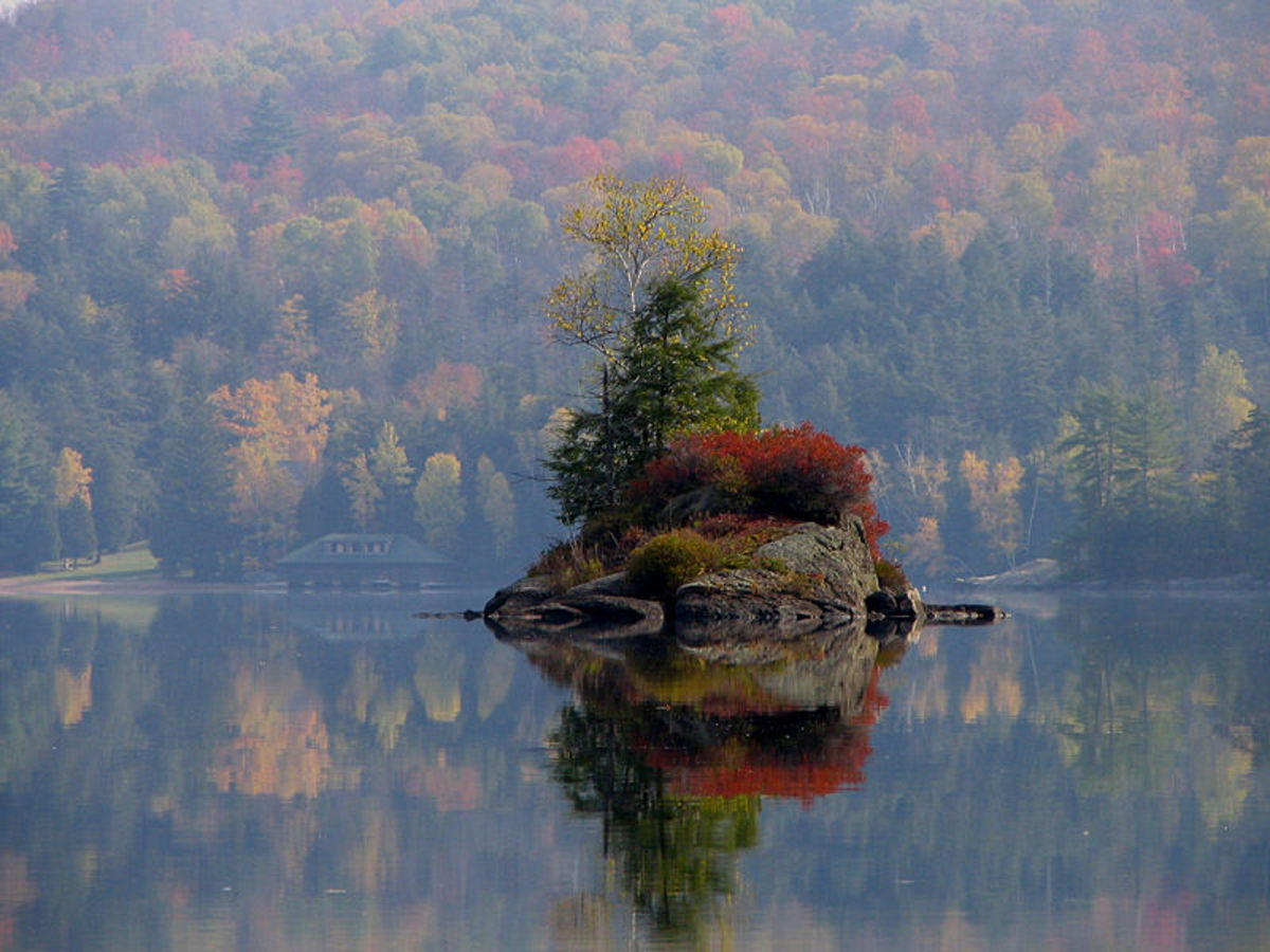 Adirondack Mountains give an amazing display of colors in autumn