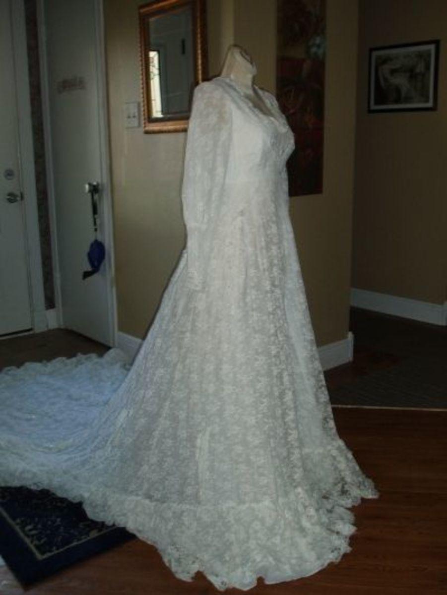 A beautiful dress that would make anyone feel like a princess