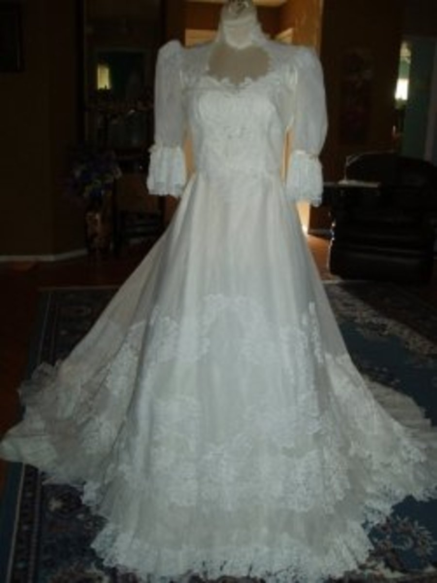 Wedding Dresses-Vintage Wedding Dresses are Simply Elegant