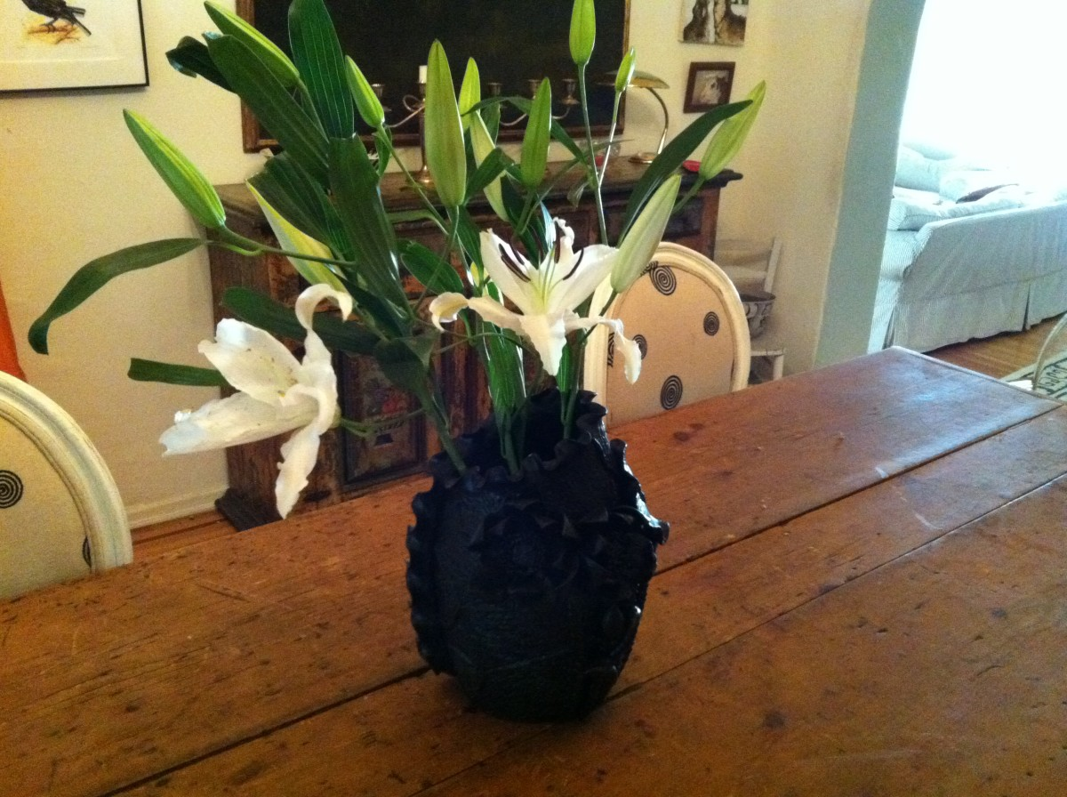 Cemterpiece vase with lilies