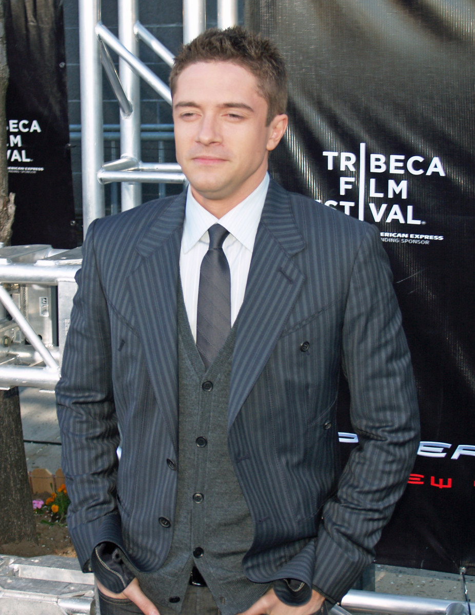 "In the somewhat cheesy but effectively adorable movie ""Win a Date with Tad Hamilton,"" actor Topher Grace played a somewhat ""reluctant"" hero, against Josh Duhamel's aggression as each man tried to win the heart of the same girl."