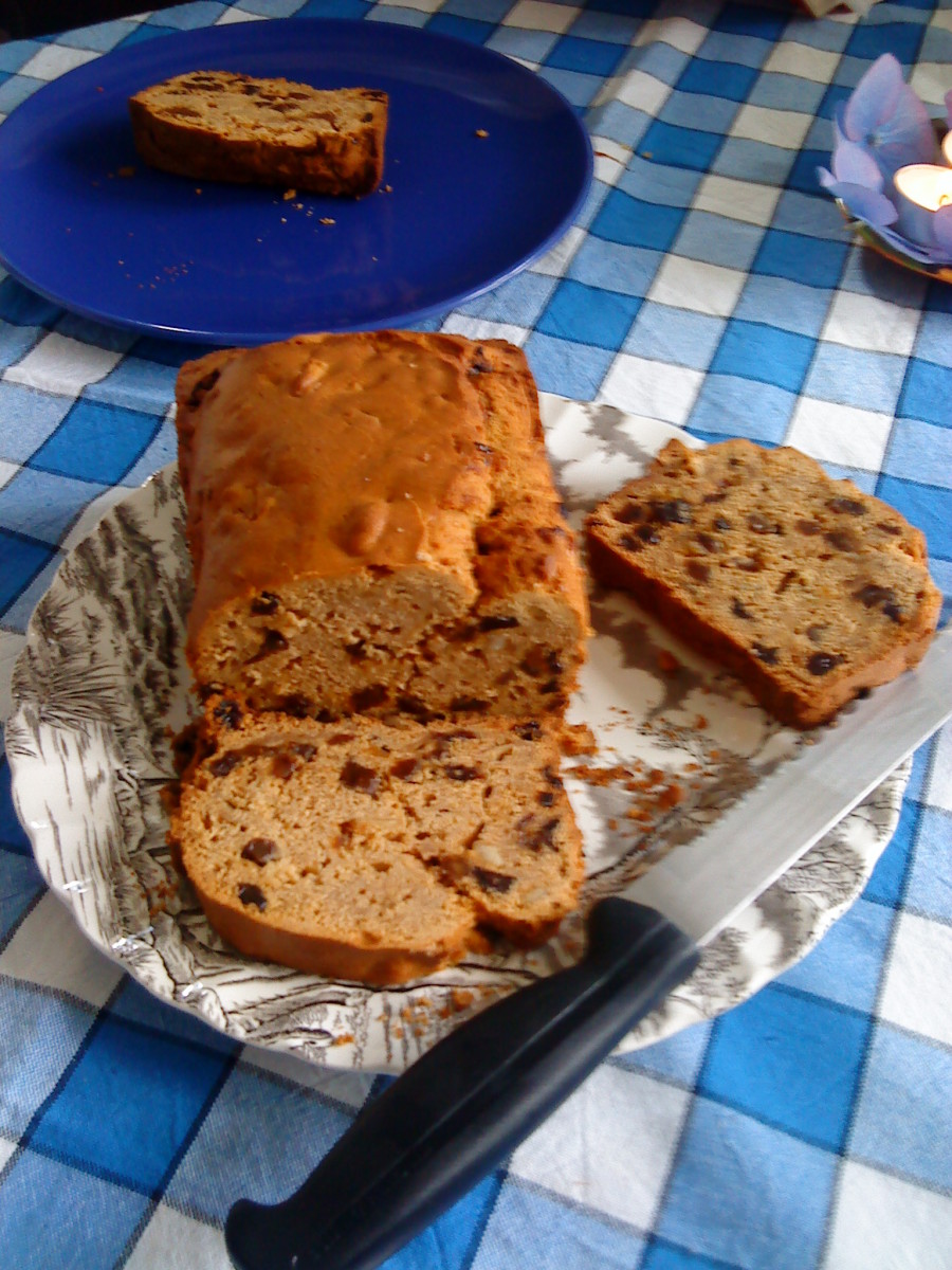 Fruit cake ready for the cream and yoghurt! And the appetites.