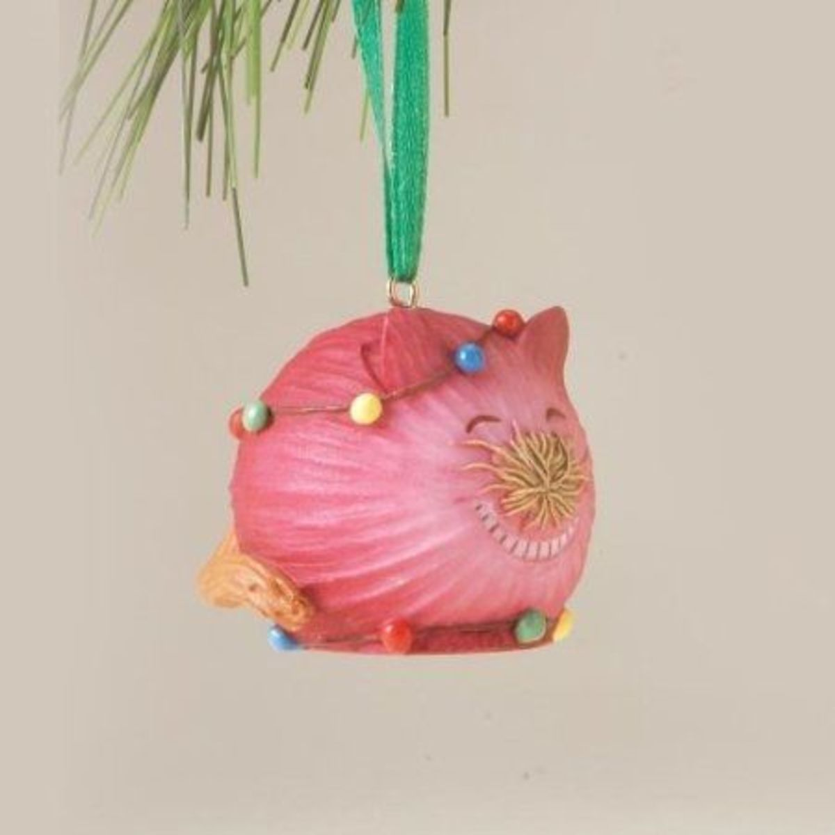 Home Grown Cat Ornaments For Christmas Are Unique And Fun!  These Little Ornaments Are Cats And Produce Designed In Their Own Unusual Way To Make An Interesting Cat Ornament For Your Christmas Tree.  Great Addition To Any Cat Collection!  Image Credi