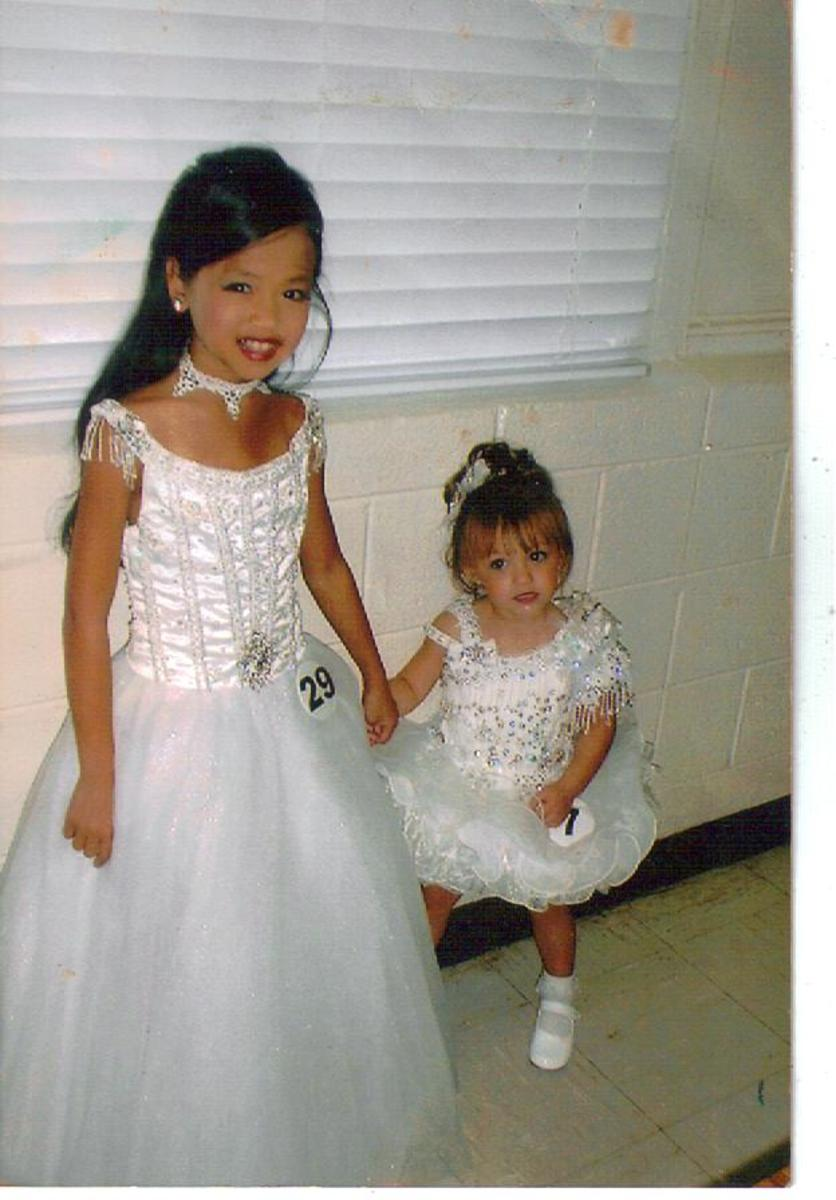 Madison and Lexi especially enjoyed Glitz Pageants.