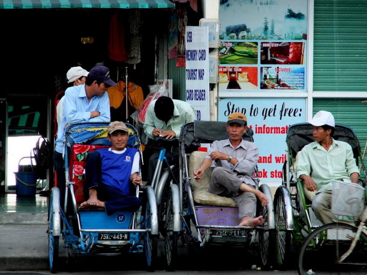 Cyclo drivers taking a break