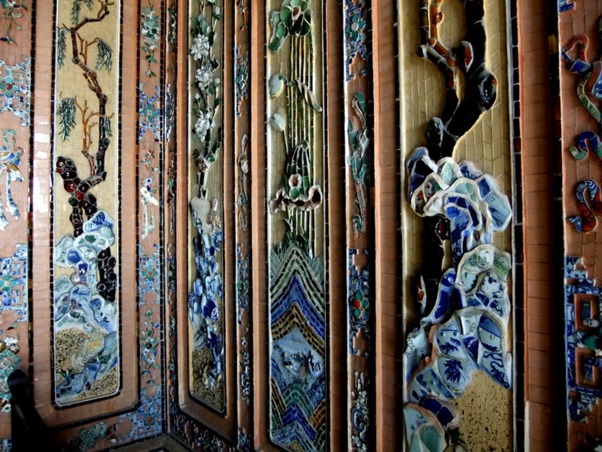 The intricate mosaic murals using porcelains imported from China and Japan, at Khai Dinh Tomb