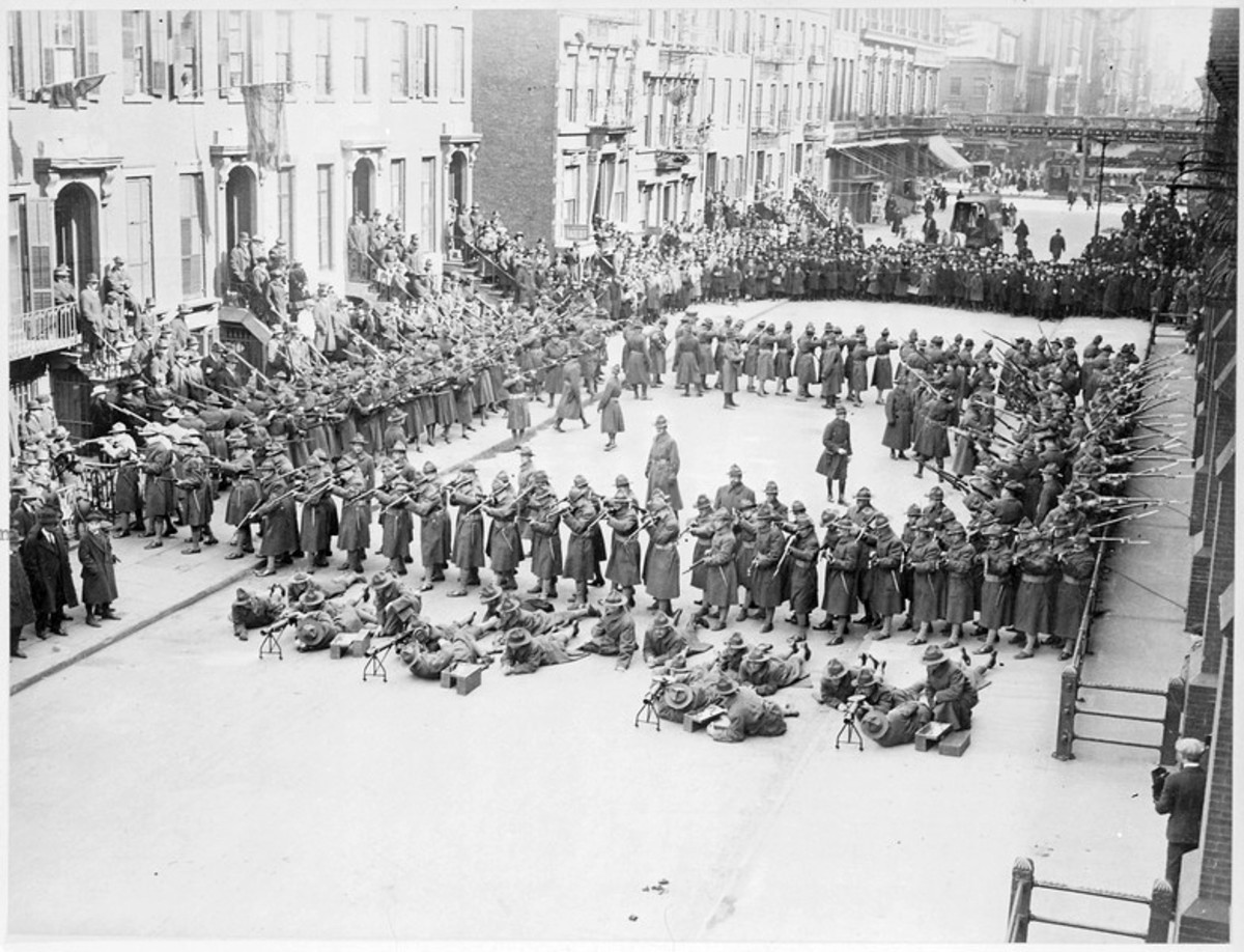 American soldiers in a square formation. Similar to infantry squares defending against cavalry charges.