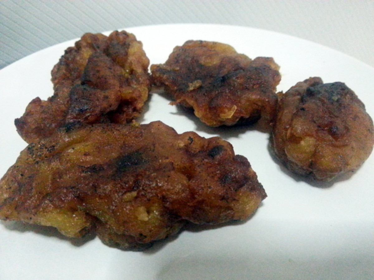 My cekodok pisang or mashed banana fritters may not look great, but it tastes good.