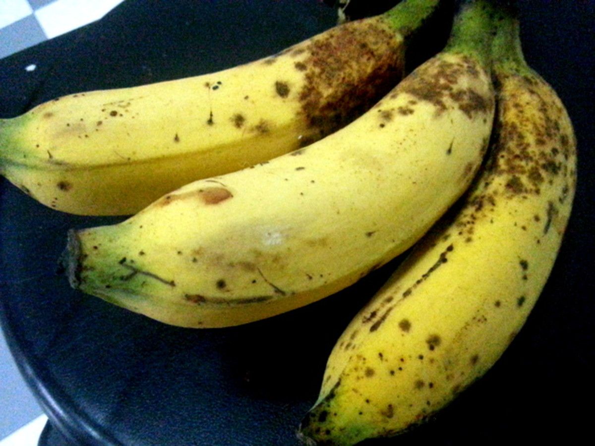 Over-ripe pisang raja that I used for this cekodok pisang or mashed banana fritters