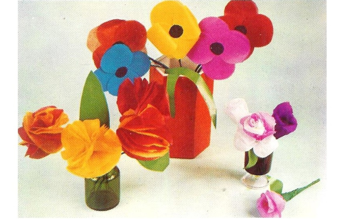 Giant Paper Poppies - Paper Rosebuds Colored Paper Blooms