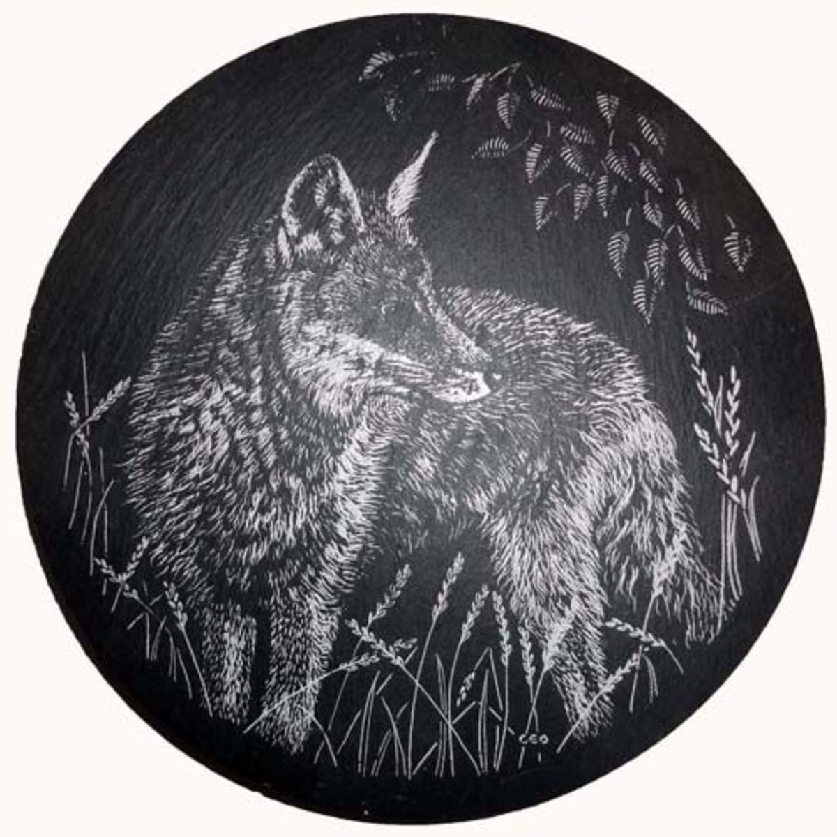 Teapot stand slate depicting British rural fox.